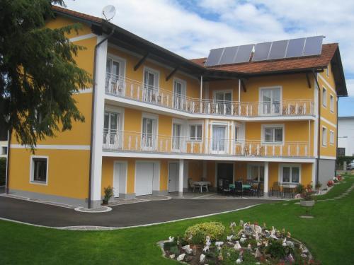 Fotos do Hotel: Gästehaus Schlögl, Sankt Stefan im Rosental