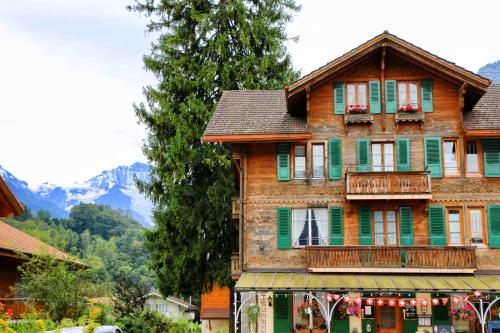 Hotel Pictures: Edelweiss Lodge, Wilderswil