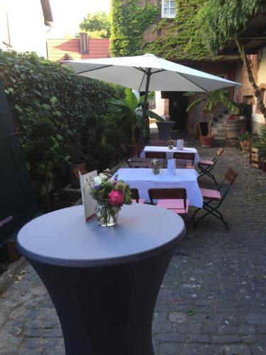 Hotel Pictures: , Weisenheim am Berg