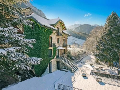 Hotel Pictures: , Le Petit-Bornand-lès-Glières