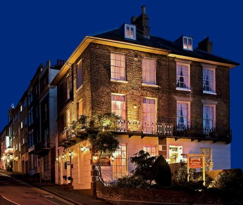 Hotel Pictures: Castle House Guest House, Dover