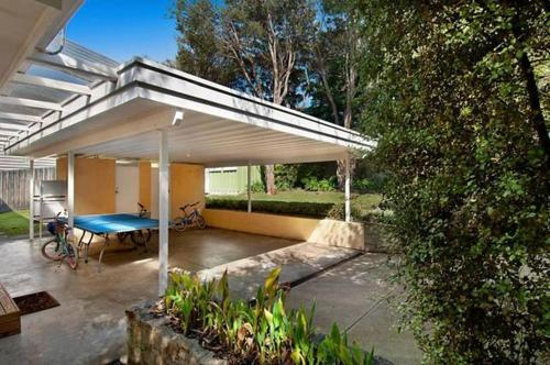 Фотографии отеля: Carinya front beach house - With Entertaining Deck, Blairgowrie