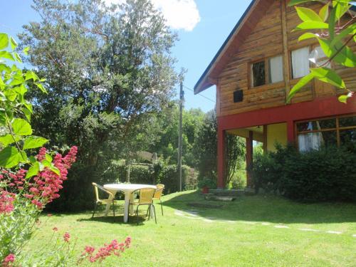 Hotel Pictures: El Portal del Lago, Lago Puelo