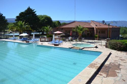 Hotellikuvia: Colina del Valle, Mina Clavero