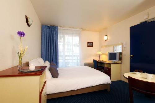 Hotel Pictures: , Louveciennes