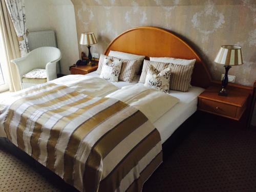 Hotel Pictures: Hotel Rech, Brilon