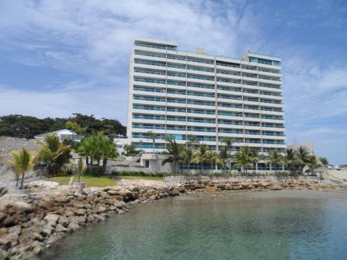 Hotel Pictures: Condominio T M, Santa Elena