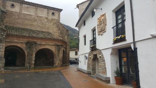 Hotel Pictures: Casa Rural Las Pedrolas, Arnedillo