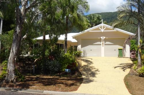 Hotel Pictures: Palm Cove Holiday House, Palm Cove