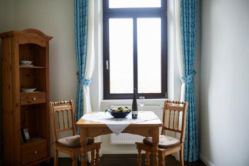 Hotel Pictures: , Langenlonsheim