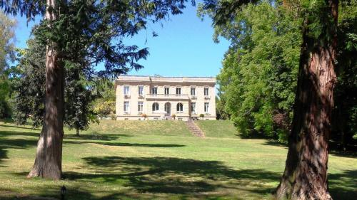 Hotel Pictures: , Souvigny