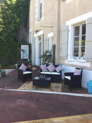 Hotel Pictures: , Confolens