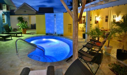 Photos de l'hôtel: Stone Throw Apartment, Oranjestad