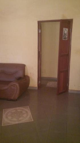Hotel Pictures: Appartement Prive, Ouagadougou