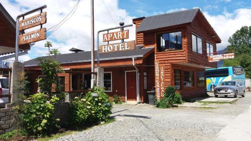 Hotel Pictures: , Hornopiren
