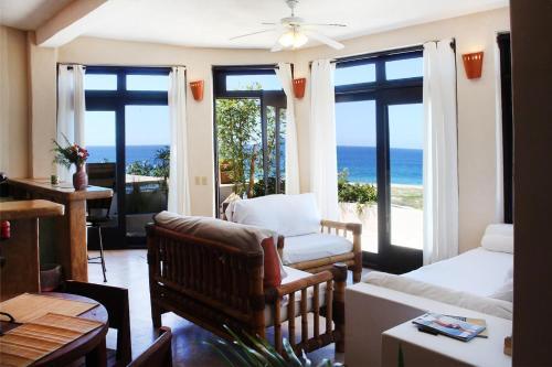 Villas La Mar #1 Ocean View Condo