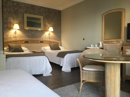 Hotel Pictures: Sercotel Las Rocas, Castro-Urdiales