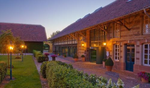 Hotel Pictures: Romantik Hotel Linslerhof, Überherrn