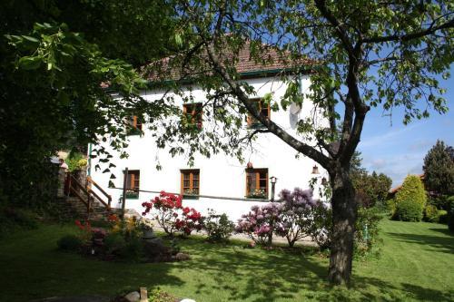 Hotel Pictures: , Hořice na Šumavě