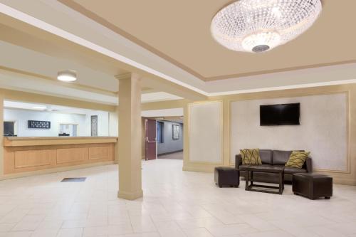Hotel Pictures: Howard Johnson Inn and Suites Miramichi, Miramichi