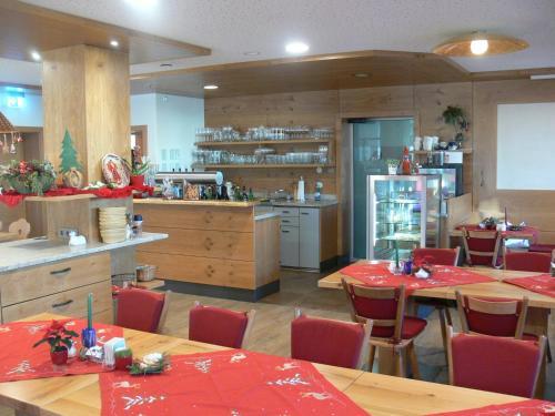 Hotel Pictures: Gasthof Engel, Bad Wurzach