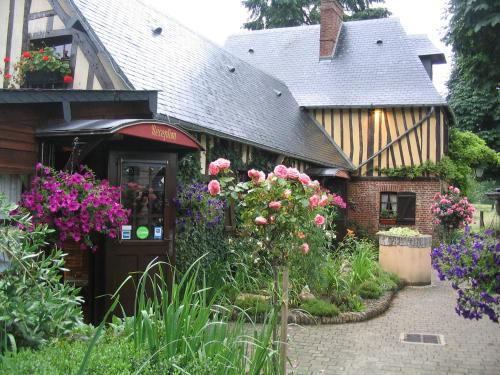 Hotel Pictures: , Saint-Clair-sur-les-Monts