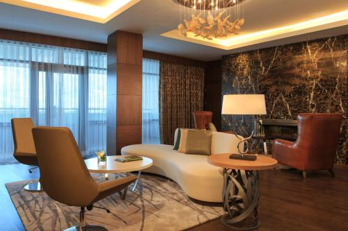 Renaissance Minsk Hotel, A Marriott Luxury & Lifestyle Hotel