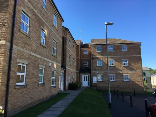 Hotel Pictures: Broom Mills Apartment, Farsley