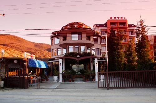 Hotellikuvia: Hotel Saint Marena, Pogradec