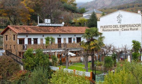 Hotel Pictures: Casa Rural Puerto Del Emperador, Aldeanueva de la Vera