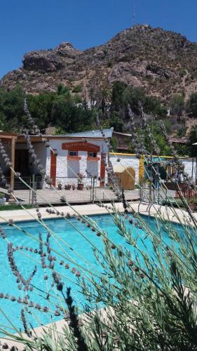 Hotel Pictures: Hosteria Del Canto, Los Andes