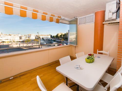 Hotel Pictures: Parque central, Estepona
