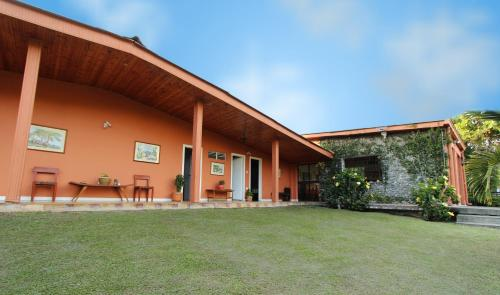 Hotel Pictures: La Amelia, hospedaje y eventos campestres, Chinchiná