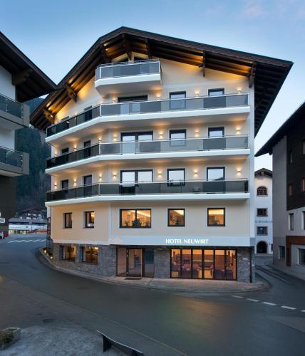 Hotel Pictures: Hotel Neuwirt, Zell am Ziller