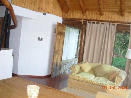 Hotel Pictures: Cabañas Altovichuquen, Lago Vichuquen