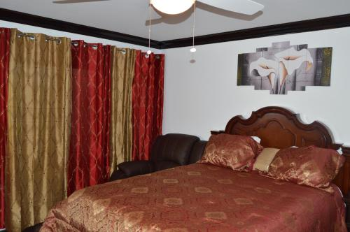 Hotel Pictures: Lakeview Studio Apartments On Golf Course, Freeport