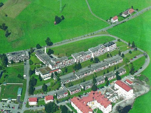 Hotel Pictures: Rosenalm Appartment 208, Scheidegg