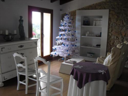 Hotel Pictures: Casa Bella Mirada, Caimari