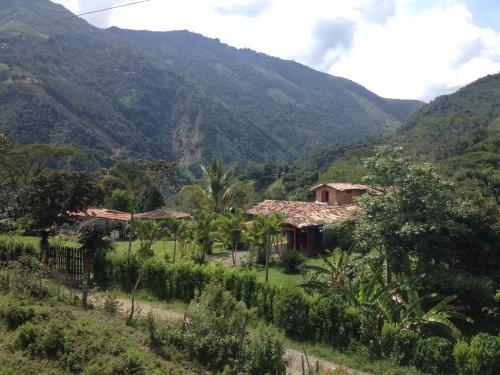 Hotel Pictures: Eco Hostel Tio Nacho, Amagá