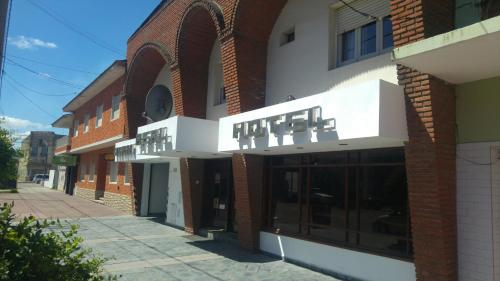 Hotel Pictures: Hotel Real, Necochea