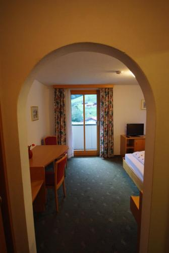 Hotellbilder: Gasthof Schönblick, Russbach am Pass Gschütt