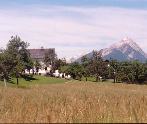 Hotel Pictures: Ferienhof Kreilgut, Rossleithen