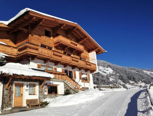 Hotellikuvia: Haus Sunnbichl, Hippach