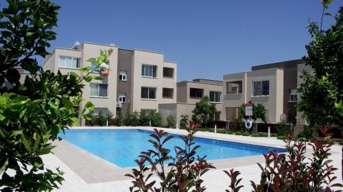 Hotel Pictures: Zephyros 1 B18 Apt 231, Mandria