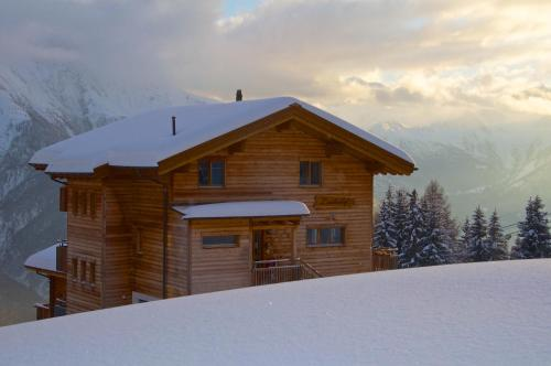 Hotel Pictures: , Bettmeralp