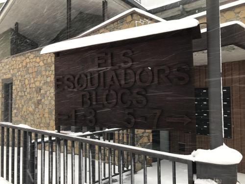Zdjęcia hotelu: Apartaments Els Esquiadors, Llorts