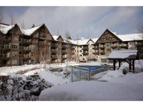 Hotel Pictures: Aspens Blackcomb Whistler, Whistler