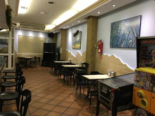Hotel Pictures: , Uleila del Campo