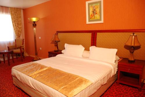 Hotel Pictures: , Les Andalouses