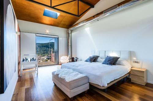 Hotel Pictures: Town House El Niu in Alaro, Plamanyola